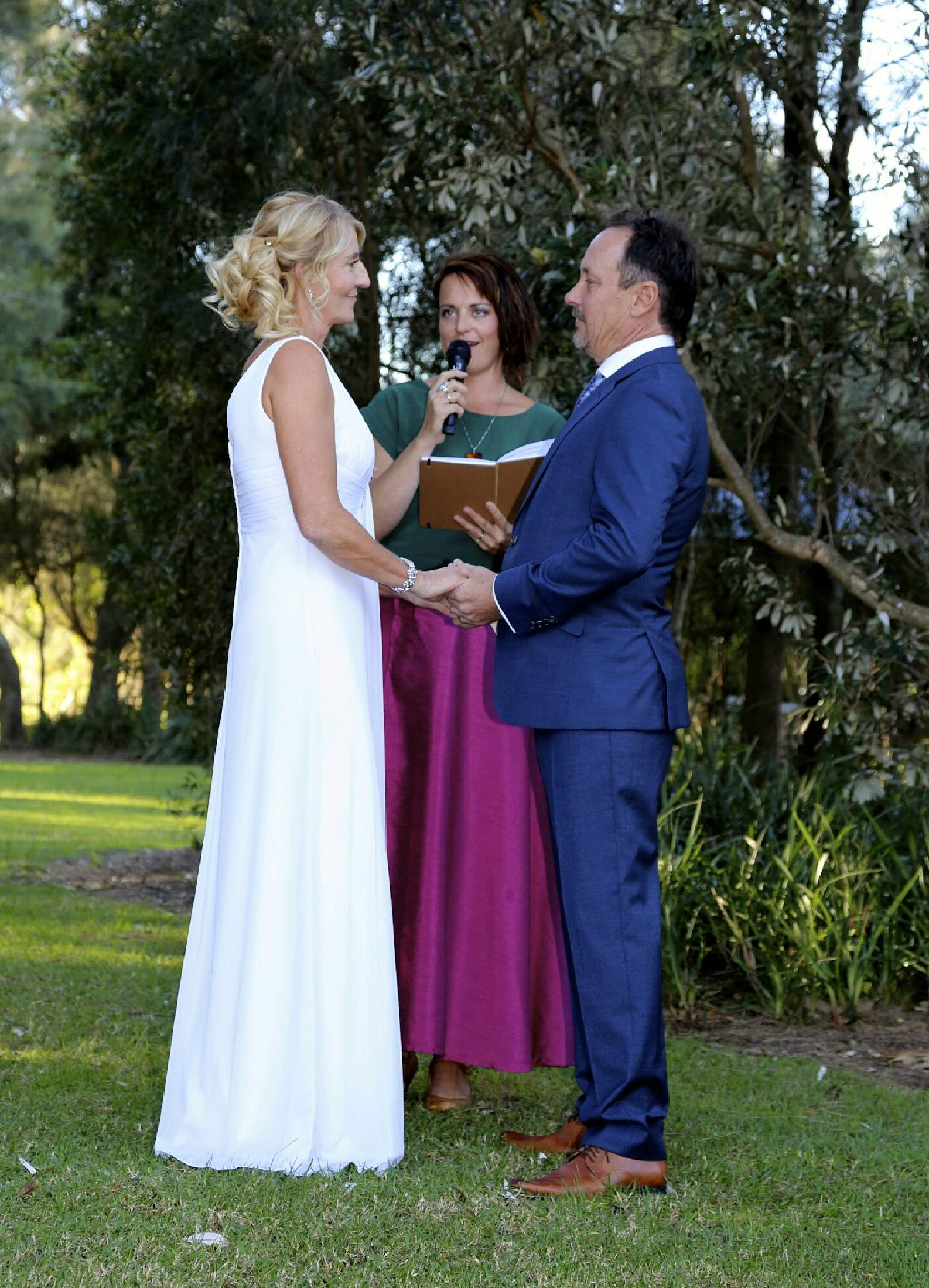 Shelley Josephine Ceremonies - Shelley Tunbridge Celebrant - Sydney Northern Beaches - Weddings